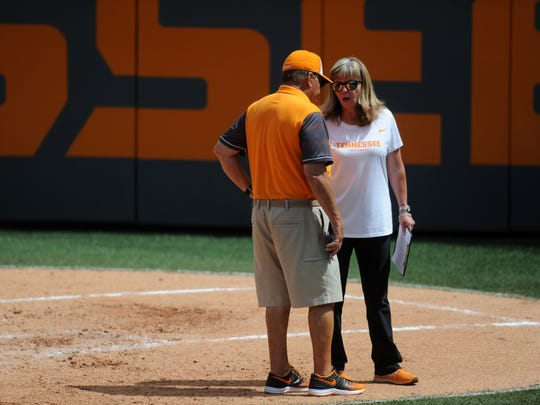 Tennessee Softball Head Coach Karen Weekly and Ralph Weekly confer during a final NCAA Regional game between Tennessee and Longwood at Sherri Parker Lee Stadium on Sunday, May 21, 2017. Tennessee defeated Longwood 3-0.