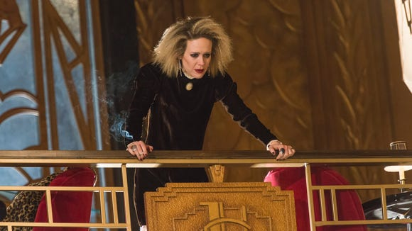 Sarah Paulson showed her range, in acting and hairstyle,