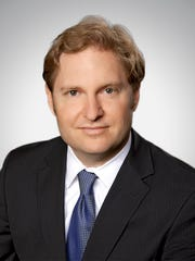 Brad Vynalek, a partner with Quarles & Brady in Phoenix, has been appointed to the firm's executive committee, which oversees management and administration of the firm.