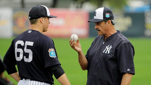 Former Yankees pitcher Ron Guidry, right, put up video game numbers as the ace of the staff in 1978.