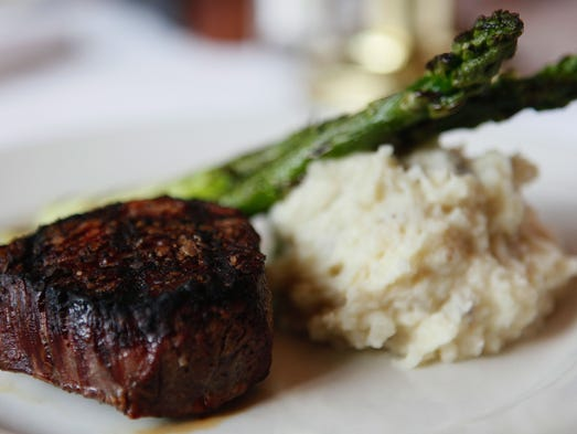 Love meat tender: 801 Chophouse review