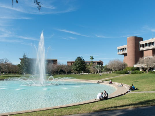 635630029543895705-UCF-Buildings-Reflecting-Pond-3