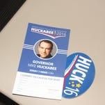 5 photos: Gov. Mike Huckabee in Williamsburg