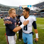 Mariota throws for 2 TDs, Titans hang on to beat Bears 27-21
