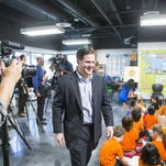 Robb: Ducey's teacher pay proposal is a political disaster