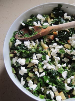 Kale and Apple Salad with Lentils is packed with nutrition, flavor and texture.