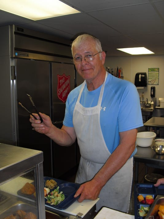 stc 0309 CT Pat Hagen at Salvation Army.jpg