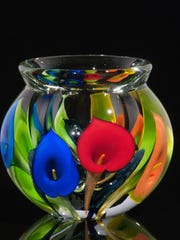 Scott Bayless will be showing his  glass works at the
