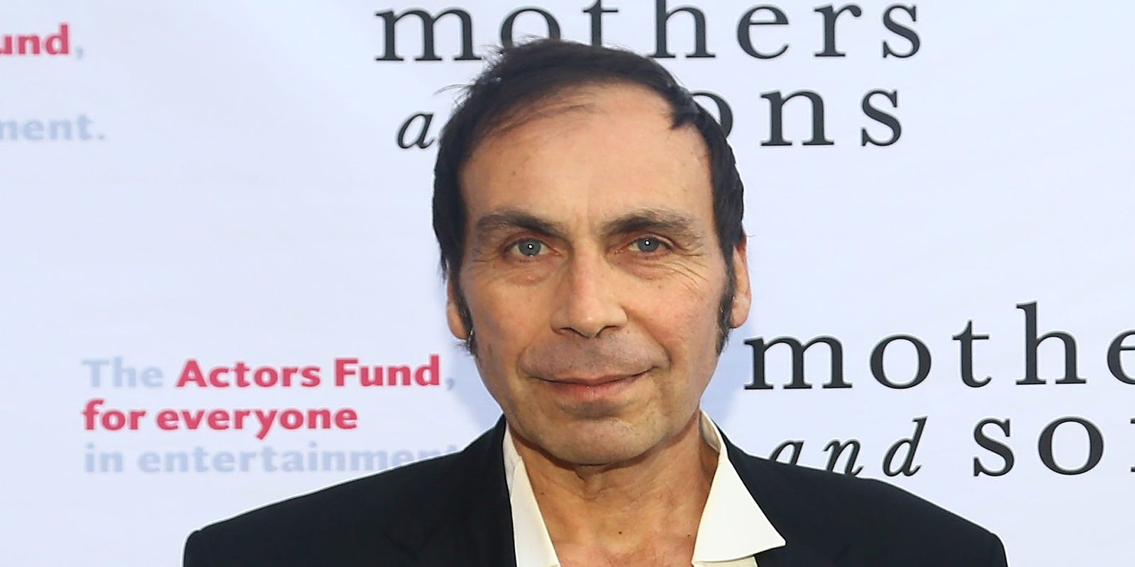 Comedian actor Taylor Negron dies at 57 40f7071fac8