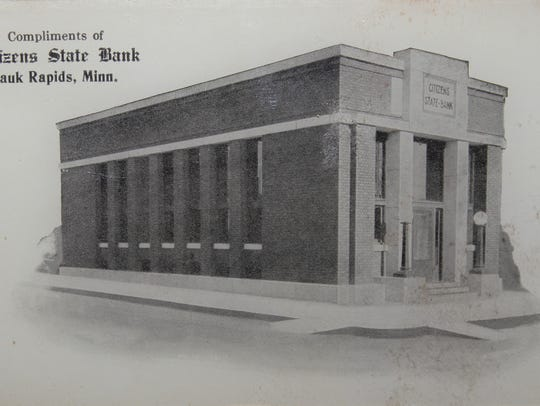 An early photograph of Citizens State Bank building
