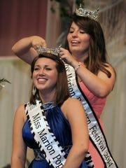 Elizabeth Corwin is crowned Miss Marion Popcorn Festival