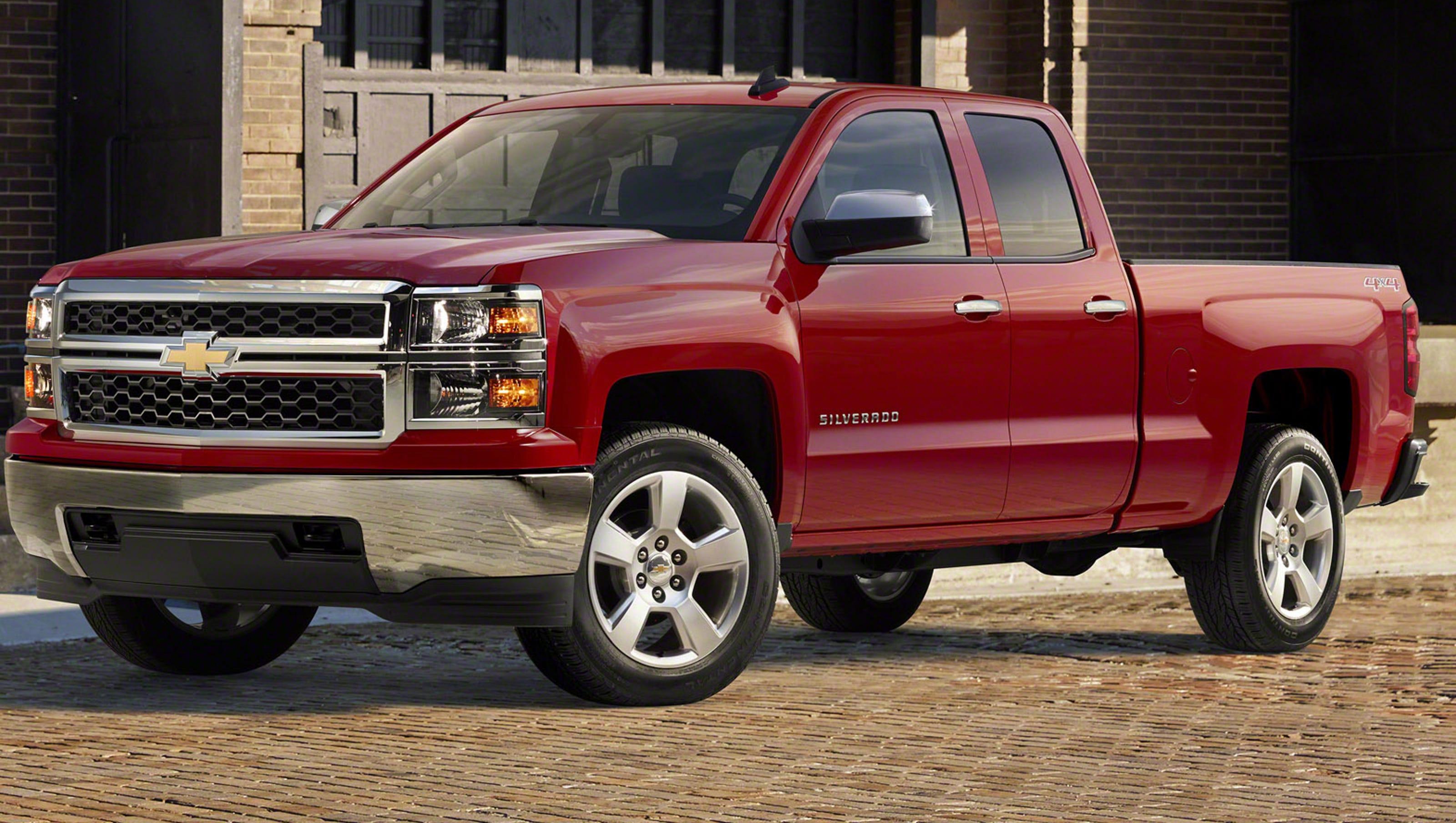 GM recalls 1 million pickup trucks, SUVs over steering defect