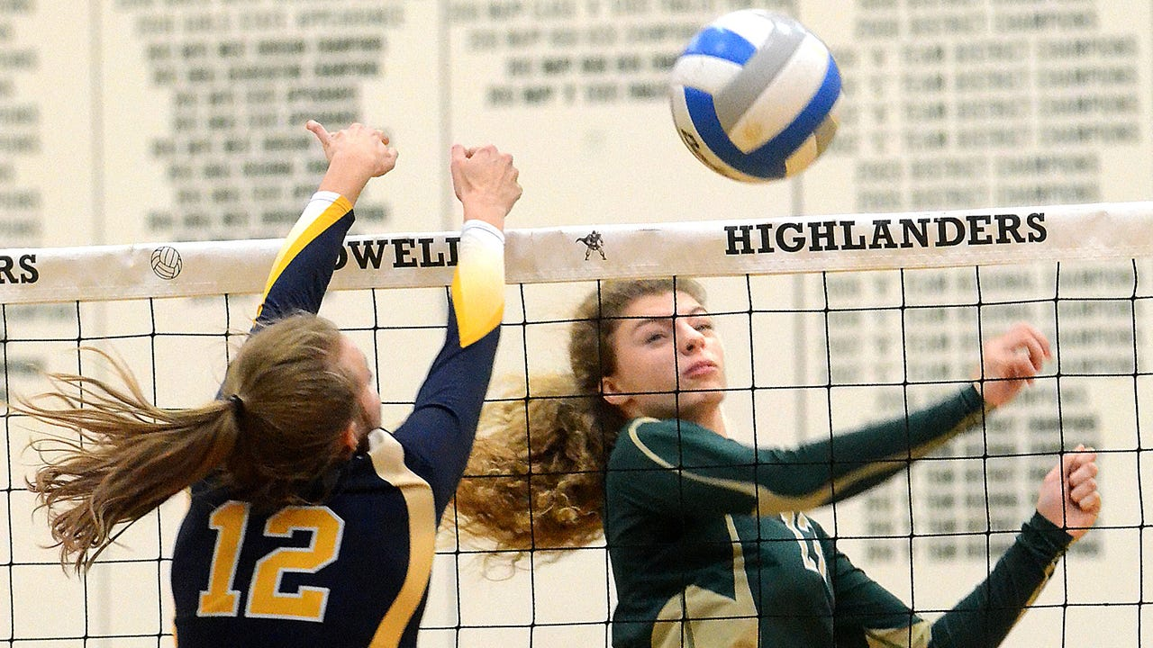 Highlights from South Lyon's 3-1 victory over Howell in the district volleyball championship game.