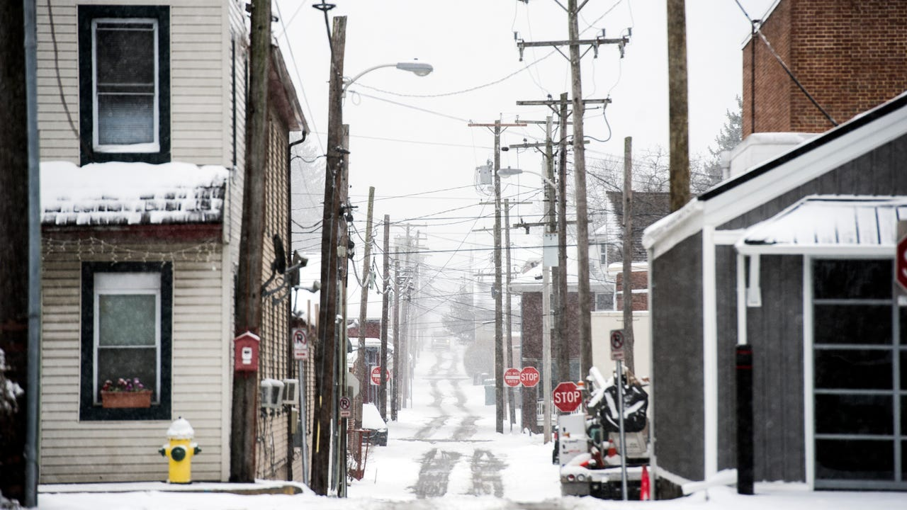 Snow found its way to Hanover for the Spring Equinox. Here's some photos and videos from around Hanover layered in snow.