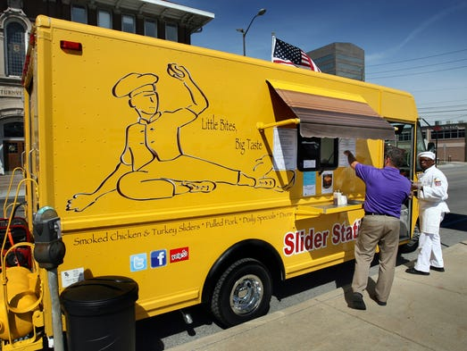 Where Are Food Trucks In Bloomington In Today