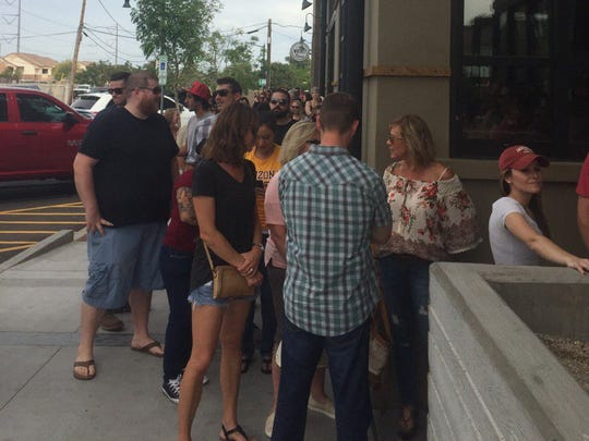 The line to see Dierks Bentley play for free today
