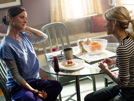 """In """"Nerve,"""" Vee (Emma Roberts) is a high-school senior who lives with her mom  (Juliette Lewis)."""