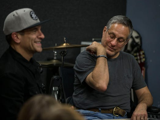 E street band max weinberg 39 s jukebox to play stone pony for Jersey house music