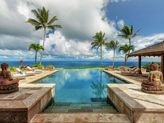 This $70 million Hawaiian beach house  is made up of