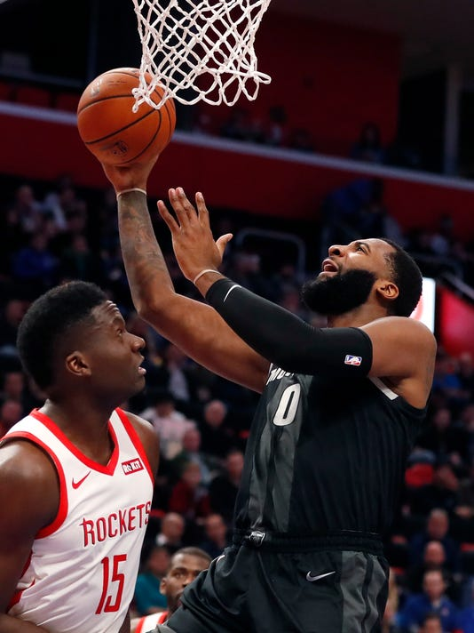 Rockets_Pistons_Basketball_79221.jpg