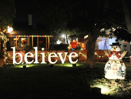 Christmas Tree Lane 6