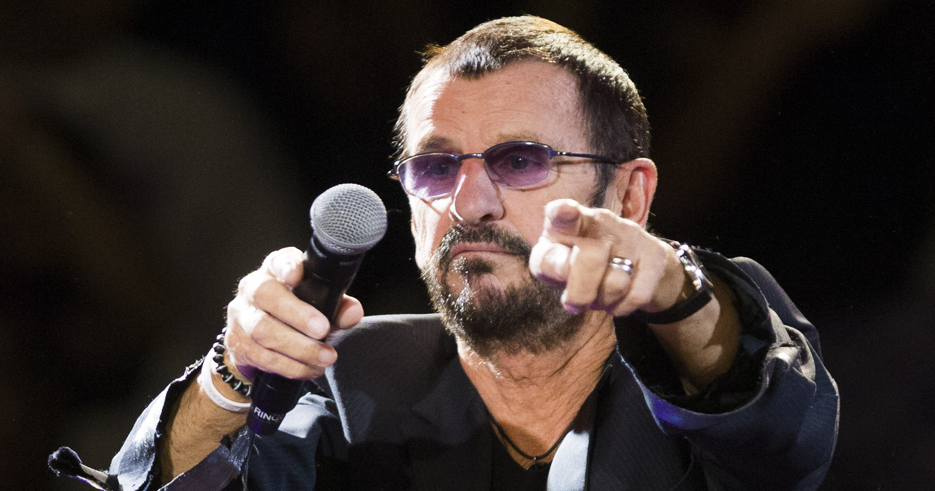 Review Ringo Starr Does His Legacy Proud With A Little Help From Friends In The All Band