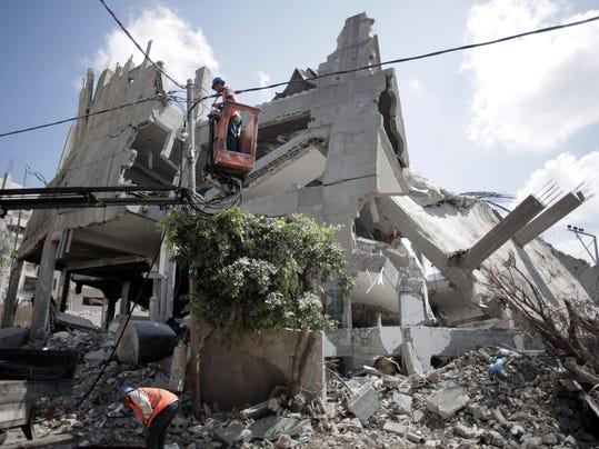 -SHRBrd_08-18-2014_Times_1_A018~~2014~08~17~IMG_Mideast_Palestinians_3_1_5L8.jpg