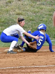 Waynesboro's Katie Wise (5) went 4-for-4 in Thursday's