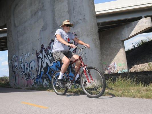 bike trail 1.JPG