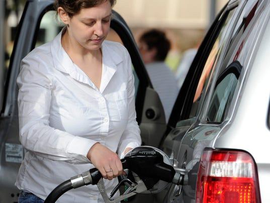 XXX GAS PRICES PUMP GAS EMB772.JPG USA PA