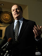 Sen. Richard Shelby (R-Ala.) Talks to Reporters About
