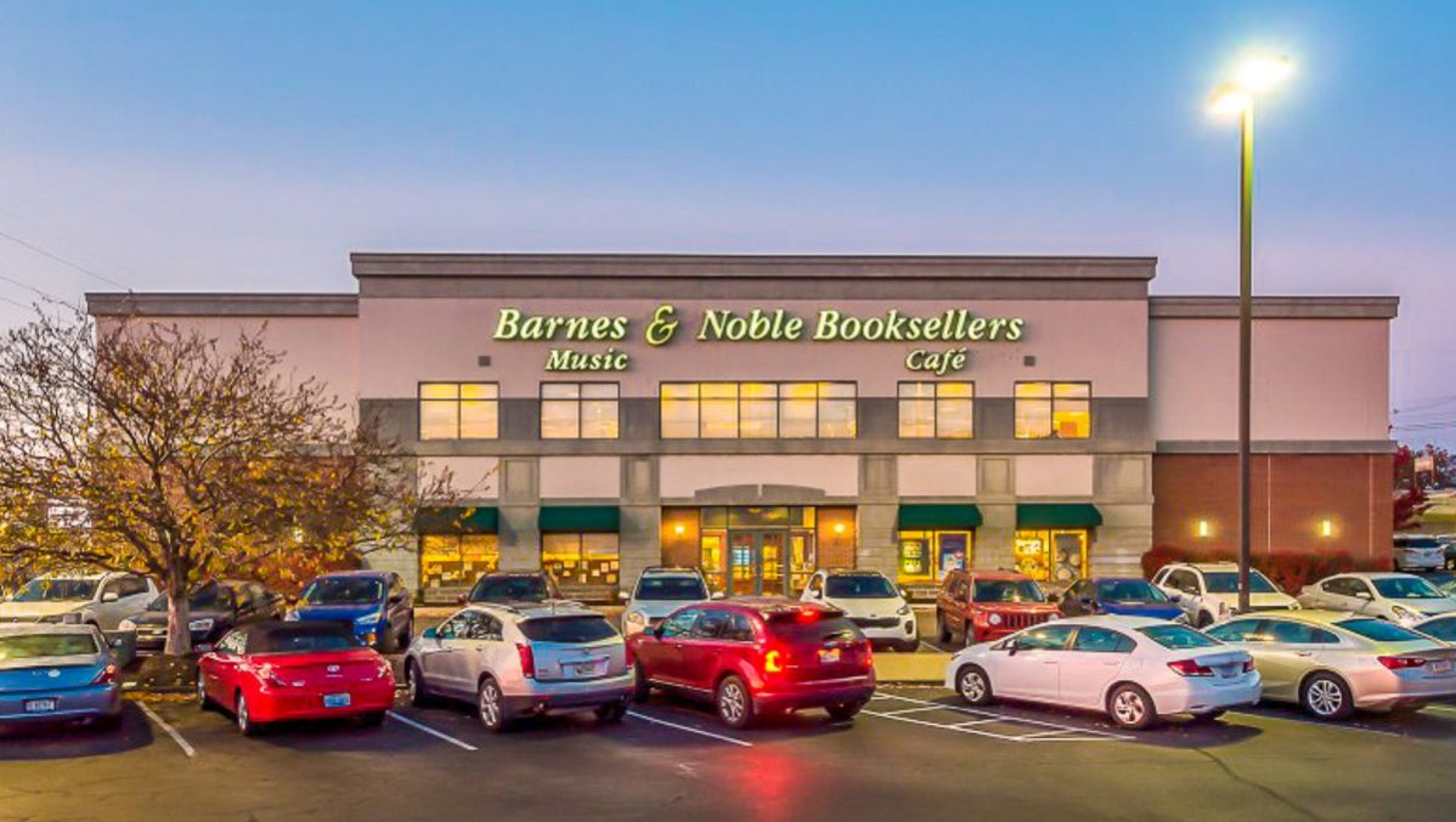 Evansville Barnes Noble Store To Stay But Building For Sale