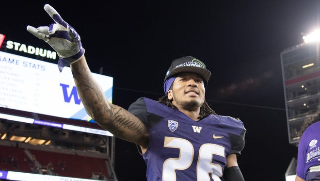 Washington Huskies defensive back Sidney Jones (26) tore his Achilles at his pro day workout and could be a value pick on the second day of the draft for Cincinnati.