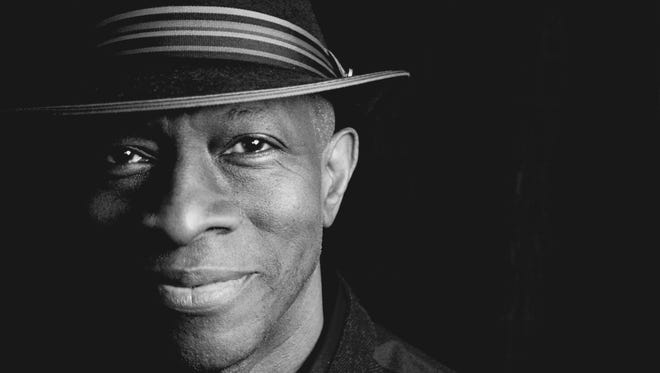Keb' Mo' brings his headlining show to Des Moines on April 19.