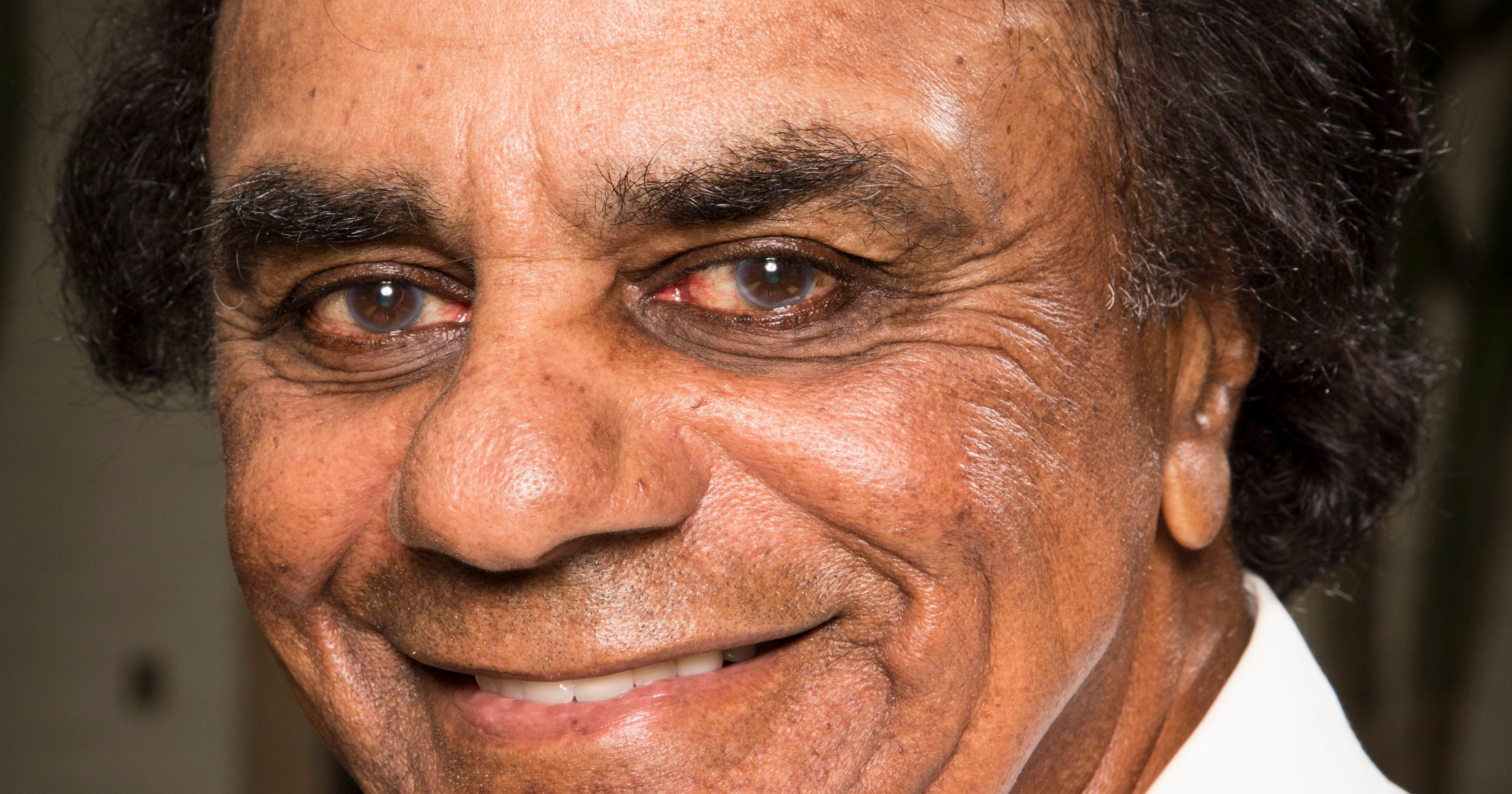 Johnny Mathis to release 13-CD set of lost hits