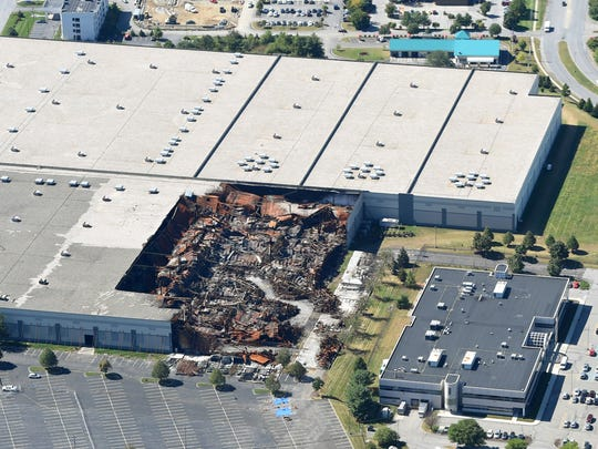 This aerial shot of the Gap Inc. distribution center