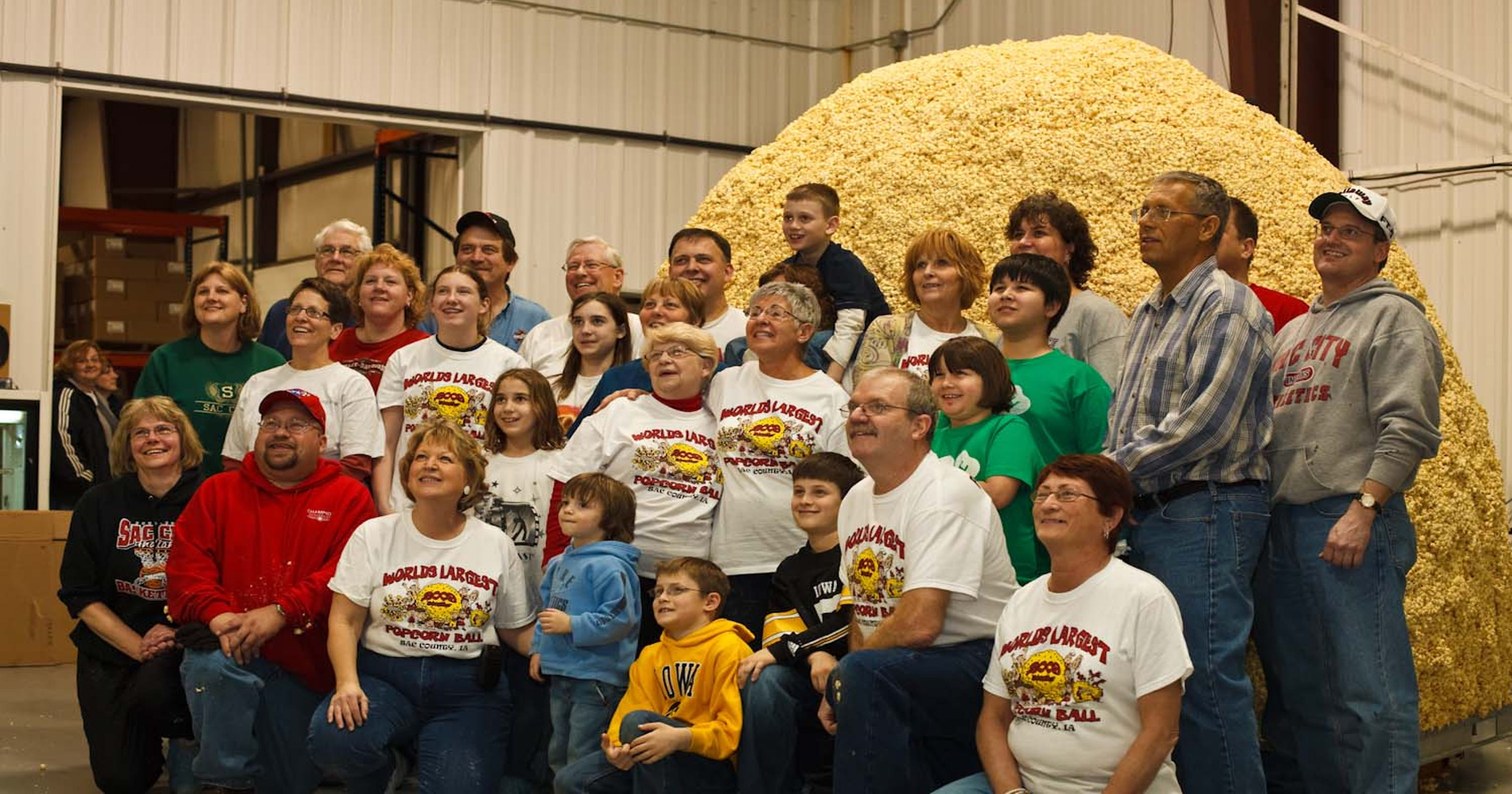 4a5bd6c10729 Sac City still craves biggest popcorn ball of them all