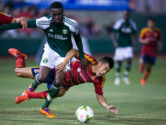 Arizona united opening home game draws crowds
