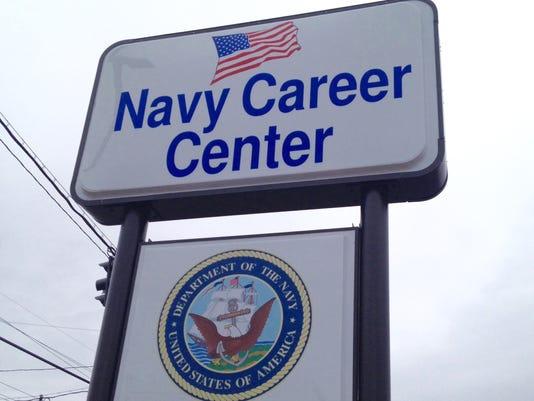 635932027533368863-Navy-sign2.jpg