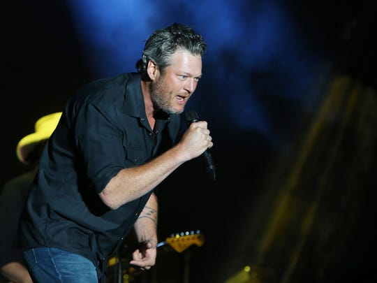 Blake Shelton performs during the Country Thunder music festival in Florence on Sunday, April 9, 2017.