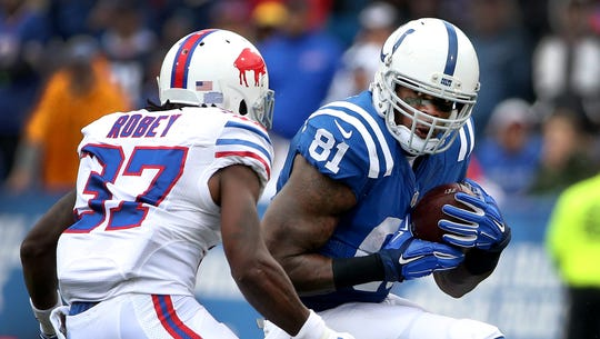 Colts wide receiver Andre Johnson awaits the hit by
