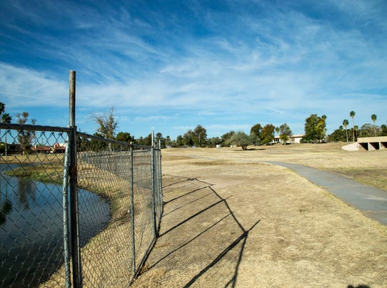 PNI phx 0419 blighted golf courses 2