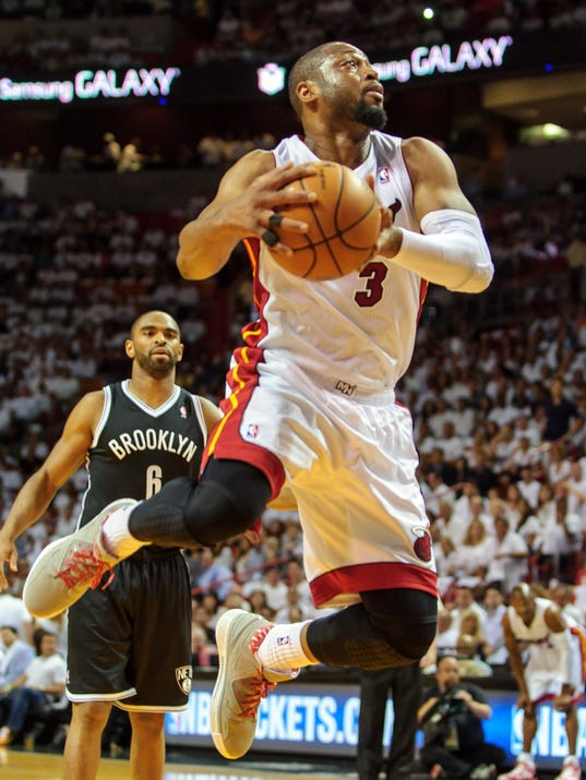 5-6-dwyane-wade-heat-nets-game1