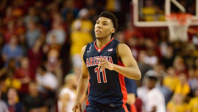 Jan 9, 2016: Arizona Wildcats guard Allonzo Trier (11) runs on the court against the Southern California Trojans during the third overtime period at Galen Center. The Trojans won in the fourth overtime 103-101.