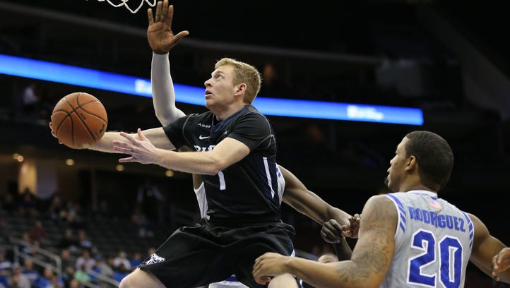Despite reduced role, Tyler Lewis won't transfer from Butler