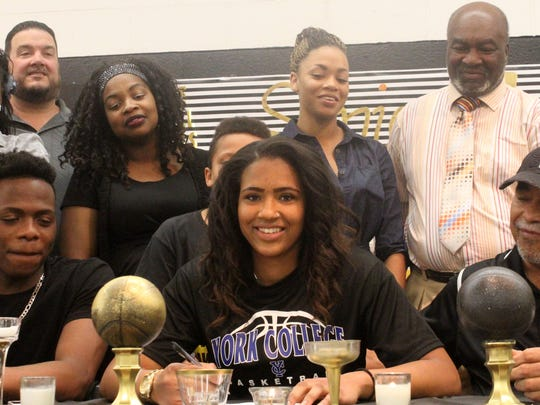 Jerraysha Smith, a three-year  letterman for the Alamogordo Lady Tigers basketball team committed to York College to continue her career.