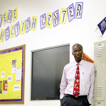 Howard Fuller withdraws proposal to locate charter school at Milwaukee North Division