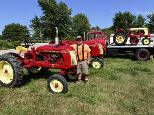 636059195478243514-tractor-01.jpg