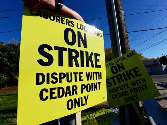 636141257940447971-strike-02.jpg