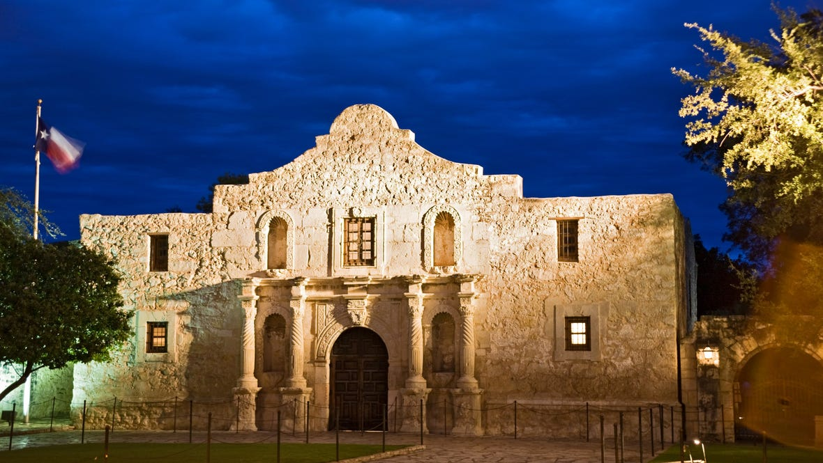 alamo-at-dusk2Richard-Nowitz_Tag_Alamo